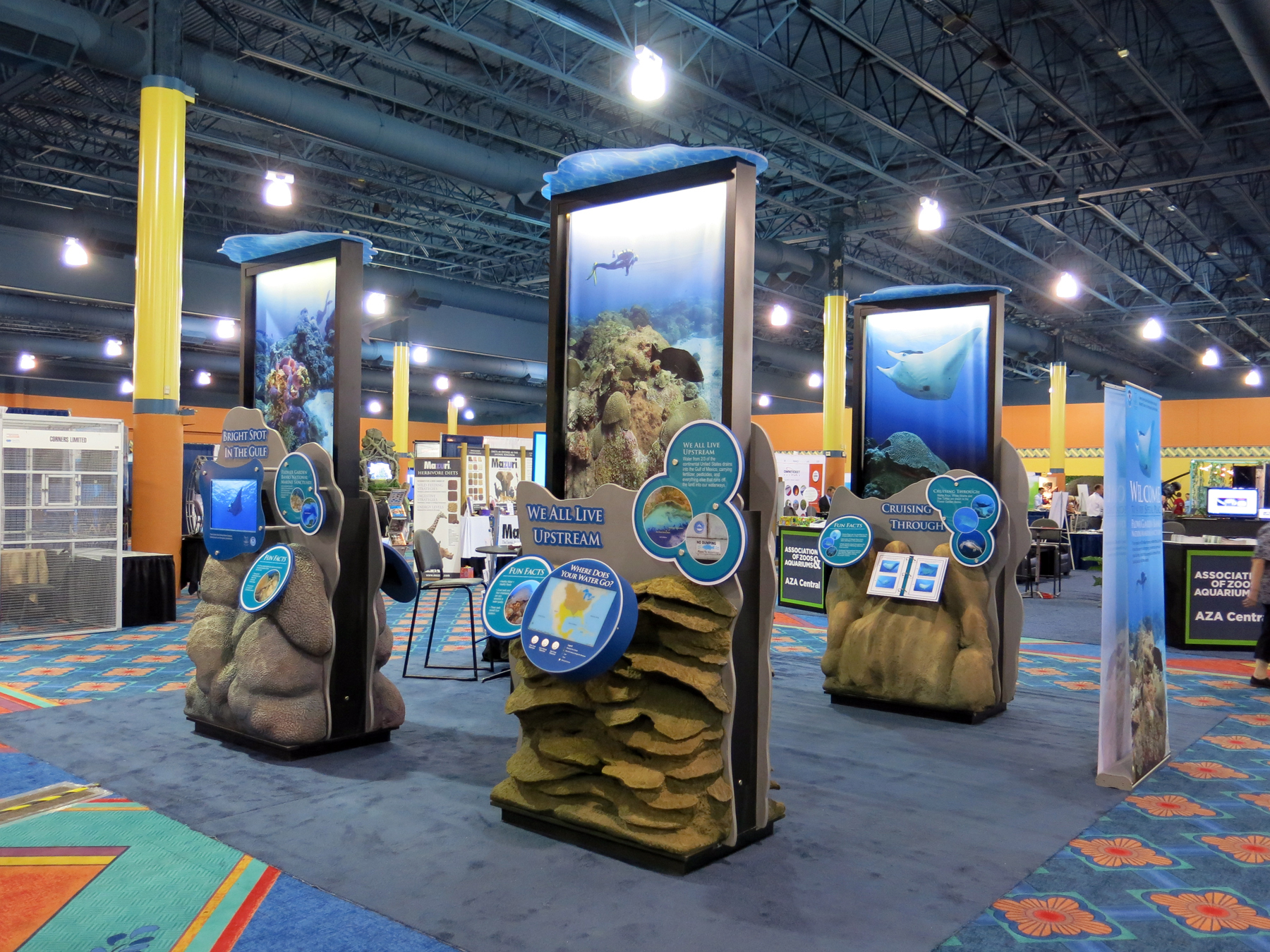 what traveling exhibits