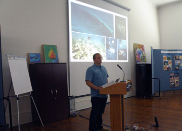 Fritz Hanselmann giving a presentation about the Monterrey shipwrecks